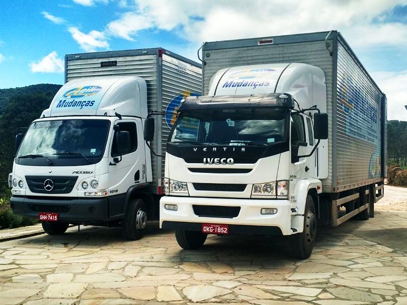 Caminhões Grandes